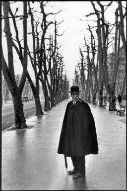 FRANCE. Marseille. The AllŽe du Prado. 1932. I was walking behind this man when all of a sudden he turned around.