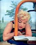 Marilyn Monroe reading Joyce's Ulysses