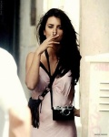 Penelope Cruz with her Leica