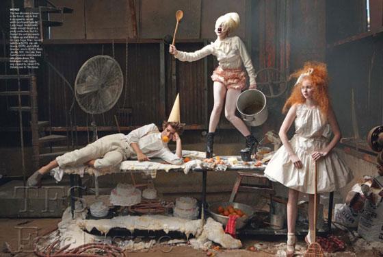H lady Gaga στο Vogue, φωτογραφημένη ως Gretel από την Annie Leibovitz