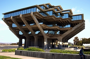 12 Geisel Library at University of California, San Diego — San Diego, Calif. b