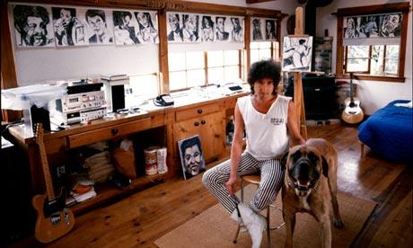 Σπάνια φωτογραφία του Dylan στο ατελιέ του. Zuma Beach, California,  Οκτώβριος 1985. (David Michael Kennedy)