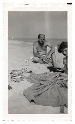Jackson Pollock and Lee Krasner at the beach, ca. 1955