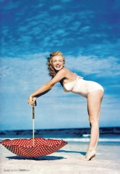 Marilyn Monroe at Tobay Beach, Long Island, 1949