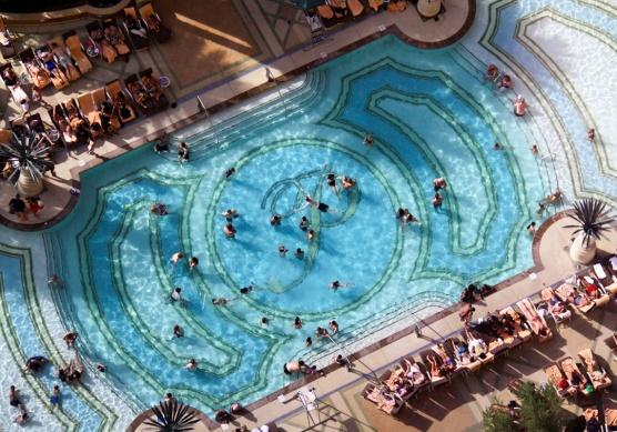 palazzo-pool-las-vegas
