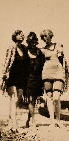 """Three Graces"" pose: (From left to right): Rue Carpenter, Sara Murphy, and Ginny Carpenter), Antibes, c. 1923."