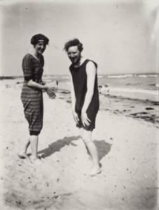 Virginia Woolf and a friend
