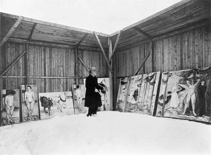 Ο Μουνχ στο υπαίθριο ατελιέ του με χιόνι