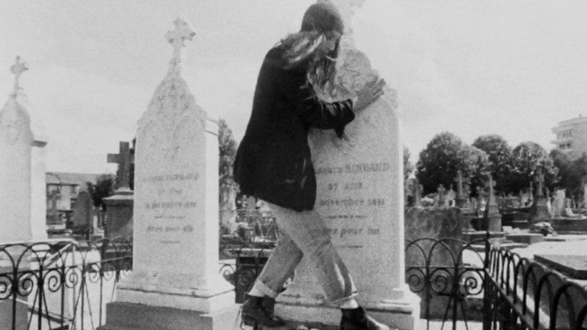 Η Πάτι Σμιθ στον τάφο του Ρεμπώ