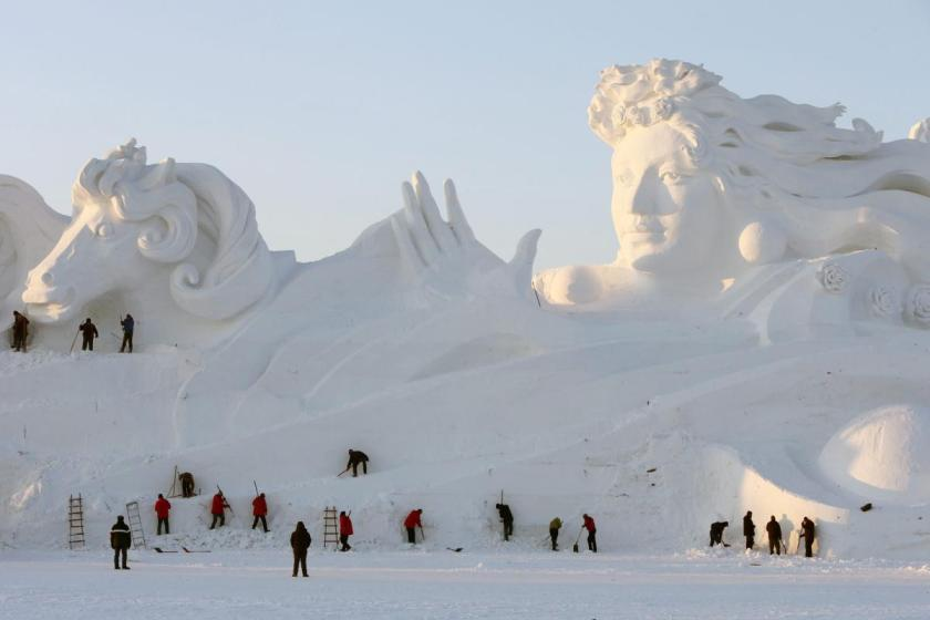 china-harbin-international-snow-sculpture-art-expo (1)