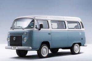2013-Volkswagen-Kombi-Last-Edition-000