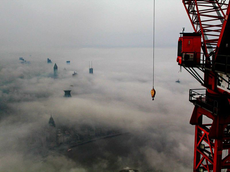 crane-operator-wei-genshen-photos-of-shanghai-from-above-10