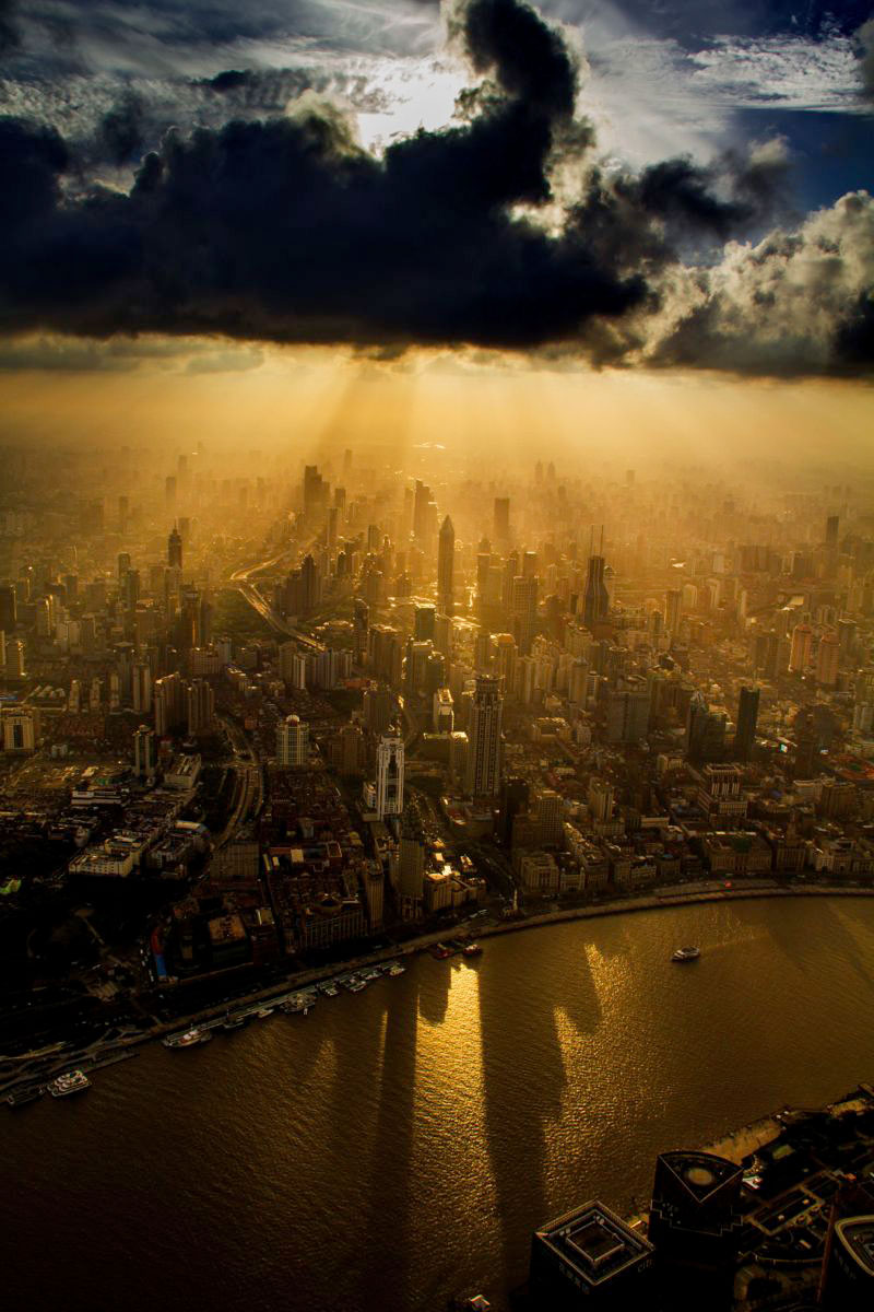 crane-operator-wei-genshen-photos-of-shanghai-from-above-5