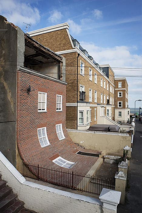 dezeen_house-with-slipped-down-facade-Margate-Alex-Chinneck_4