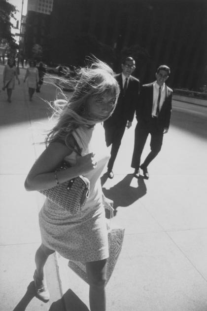 garry-winogrand-women-are-beautiful-new-york-1965