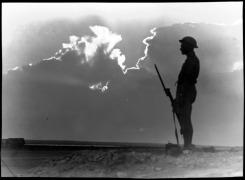 El Alamein, σιλουέτα σκοπού.