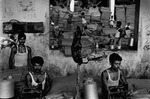 sebastiao-salgado-workers-textile-industry-bangladesh-big