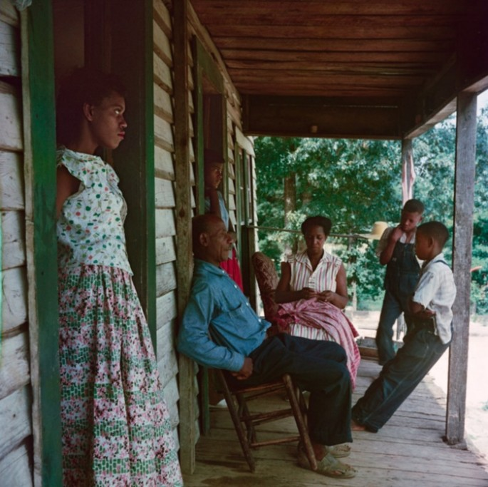 Gordon-Parks-Segregation-Series-10-685x683