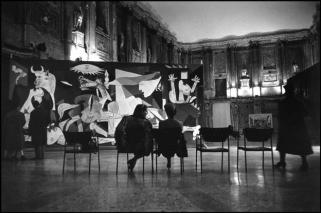 """ITALY: Milan. 1953. Palazzo Reale. PICASSO exhibition showing """"The Guernica""""."""