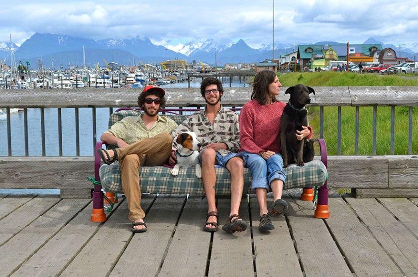 three-friends-two-dogs-one-futon-roadtrip-photos-13