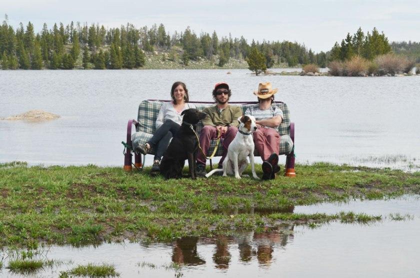 three-friends-two-dogs-one-futon-roadtrip-photos-16
