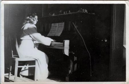 Τζένη Σιδηροπούλου