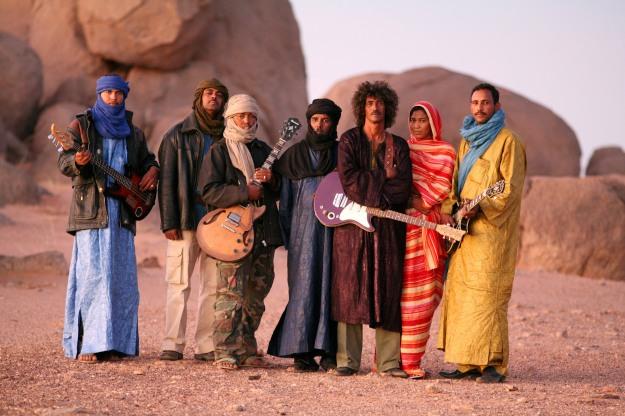 Tinariwen-photo-by-Thomas-Dorn