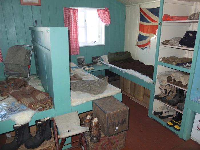 Port-Lockroy-Museum-6