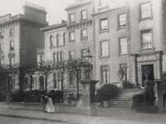 02 Queen's Hotel, Upper Norwood