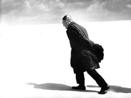 Antanas-Sutkus-Jean-Paul-Sartre-in-Lithuania.-Nida-1969