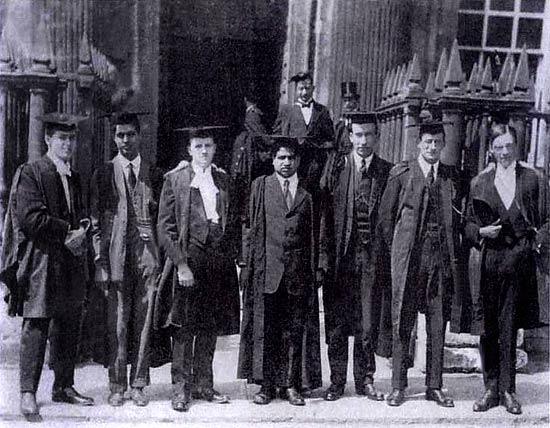 Με συναδέλφους στο Cambridge