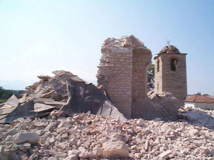 destroyed churches in kosovo