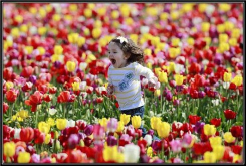 child-spring_time_bliss