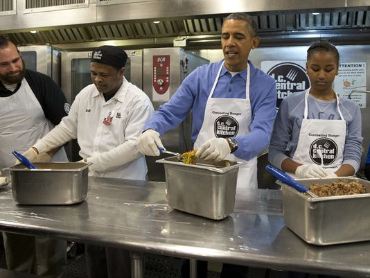 1390245124000-AP-Martin-Luther-King-Holiday-Obama-001