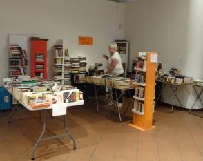 Βιβλία, πολλά βιβλία! - Book bufet
