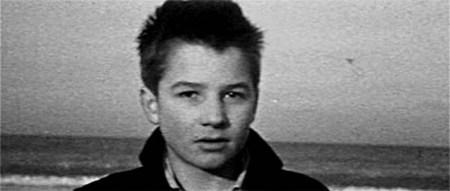 Η τελευταία εικόνα από τα «400 Χτυπήματα» (1959) του Truffaut, όπου η κάμερα κοκαλώνει πάνω στη φυσιογνωμία του νεαρού πρωταγωνιστή.