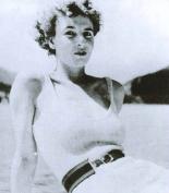 Η Muriel Wright.