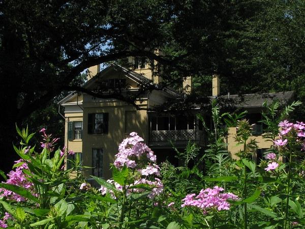 Το σπίτι των Dickinson που είναι τώρα μουσείο