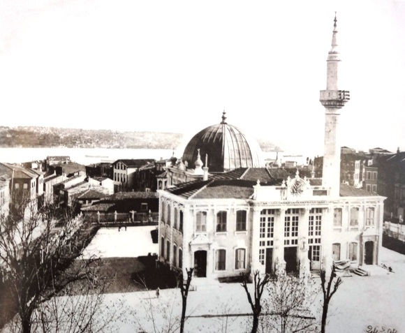 eski-tesvikiye-camii-