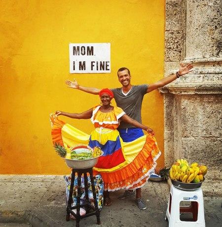 mom-im-fine-guy-travels-around-the-world-jonathan-quinonez-5