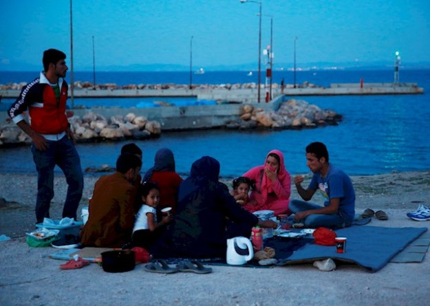 refugee-crisis-the-island-of-chios