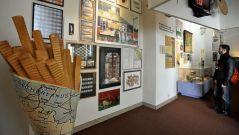 CN_belgian_fries_museum_jtm_131101_16x9_992