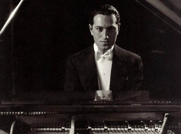 george-gershwin-piano-1374069099-view-0