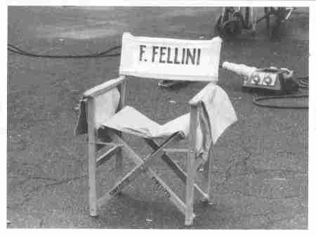 1576-10-sedia-regista