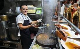 michelin-star-street-food-stalls-singapore-2-770x481