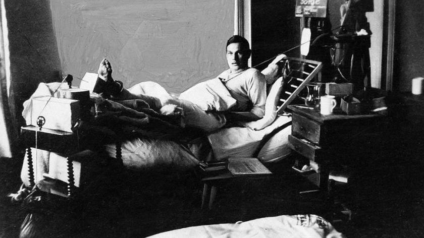 richard_sorge_in_the_hospital_during_world_war_i