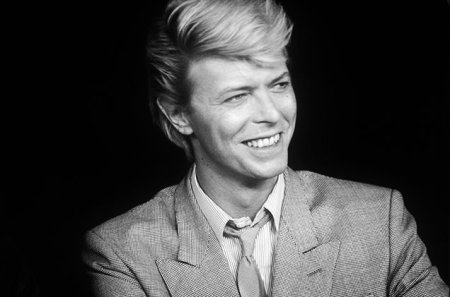david-bowie-1983-bw-billboard-650