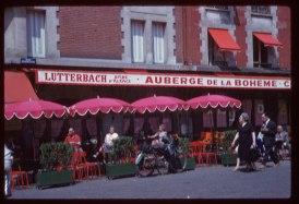 Sidewalk-Café-Montmartre-PARIS