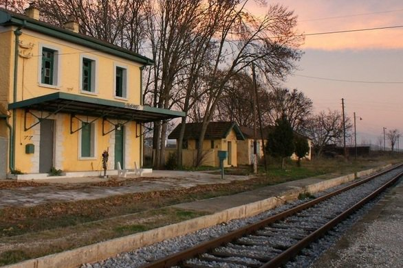 Never marry a railroadman