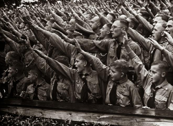 hitlerjugend_salute_by_themistrunsred-d5883mo